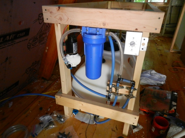The flojet water pump and filter.