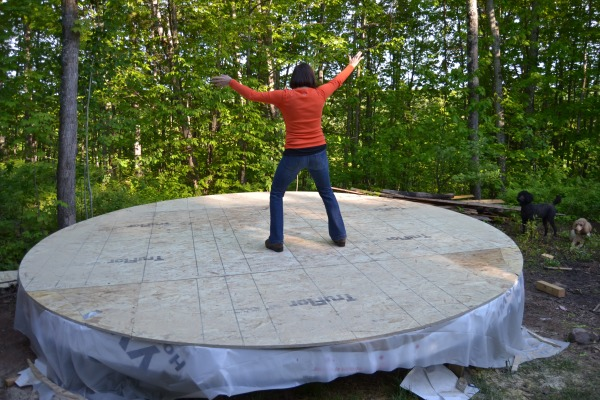 happy yurt platform dance!